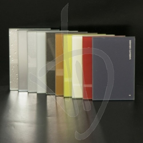 glas-glanz-glaenzend-extrachiaro-fuer-helle-farben