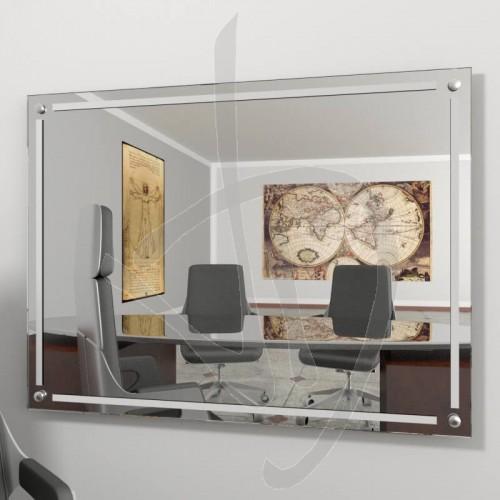 spiegelwand-mit-spacern-und-dekoration-b018