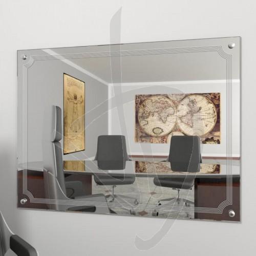 spiegel-moebel-verziert-mit-nieten-und-b020