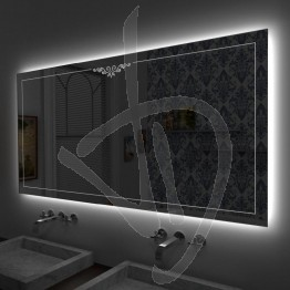 Specchio su misura, con decoro B022 inciso e illuminato e retroilluminazione a led